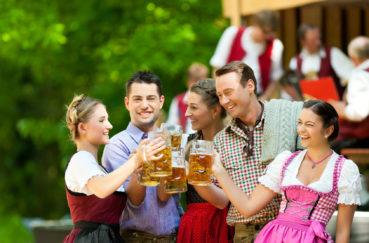 Nockherbergsfest Behlendorf Am 29. April 2018, Blasmusik, Bayrisches Bier Und Weißwurst