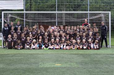 Fußball-Sommercamp Mit St. Pauli Rabauken In Der Ersten Woche Der Sommerferien Beim TSV Berkenthin