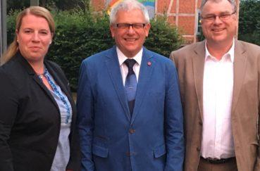 825 Jahr-Feierlichkeiten Der Gemeinde Krummesse Starten Erfolgreich – Kreispräsident Lobt Krummesser Gemeinschaftsgeist