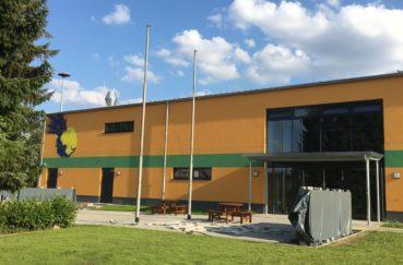 Förderbescheid Des Landes Für Stecknitz-Schule Zur Aufwertung Der Außen- Und Sportanlagen