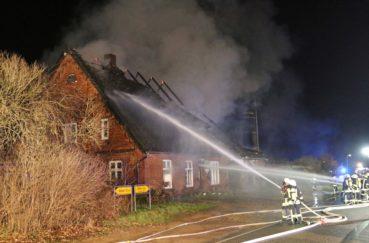 Großeinsatz Der Feuerwehr Am Samstag-Abend In Bliestorf